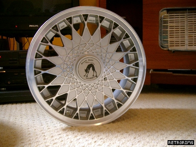 VW Alley Cat Cheetah Alloy Wheels Image